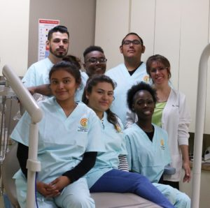 students dental assistant