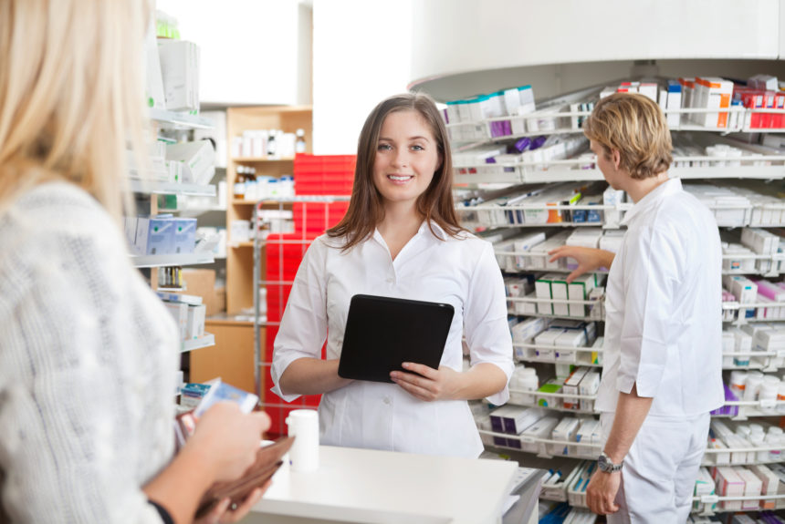 3 Huge Reasons You Should Invest in Earning a Pharmacy Technician Certificate