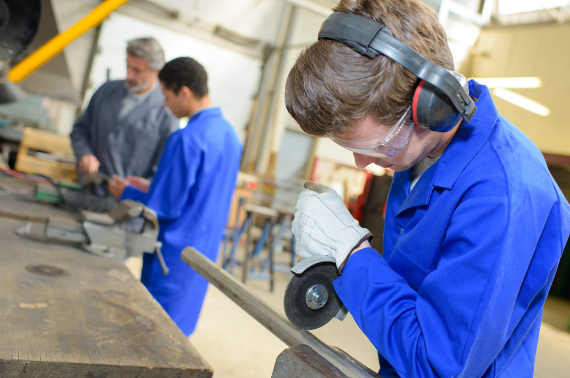 Trade School Vs College: What's the Difference and Which Is Best for You?