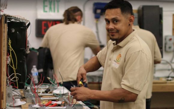 How to Become an Electrician In California: Courses For Electrical Trades In Rancho Cordova